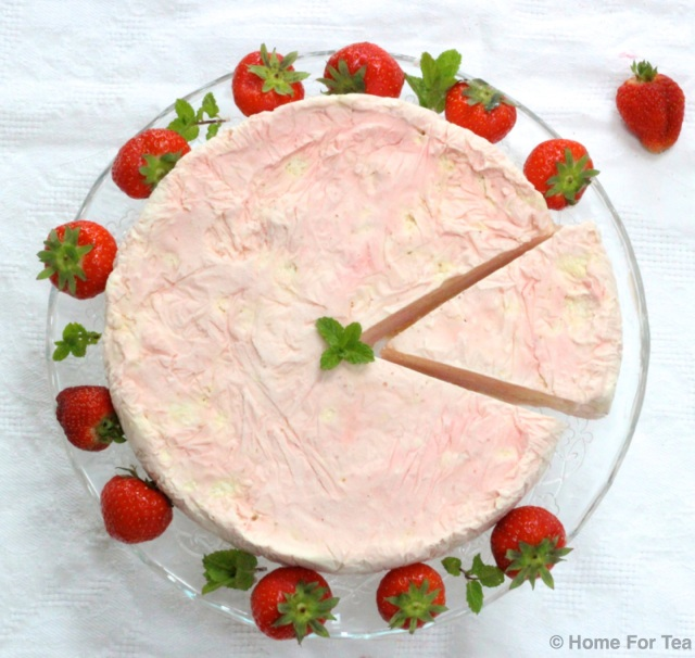 Strawberry Meringue Cake 7